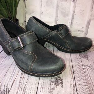 Clark's gray black clogs buckle heels. Size 8